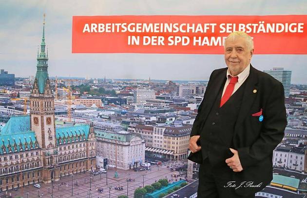 SPD in Hamburg - Arbeitsgemeinschaft Selbständiger wählt auf Hamburger Dom neuen Vorstand