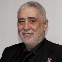 Bernd P Holst
